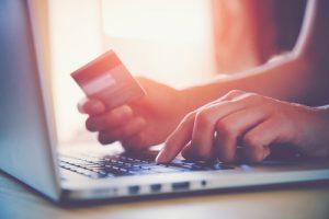 Kreditkort och Betalkort som betalningsmetoder 2018